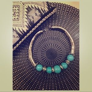 Jewelry - Turquoise and Silver Bulky Fashion Necklace